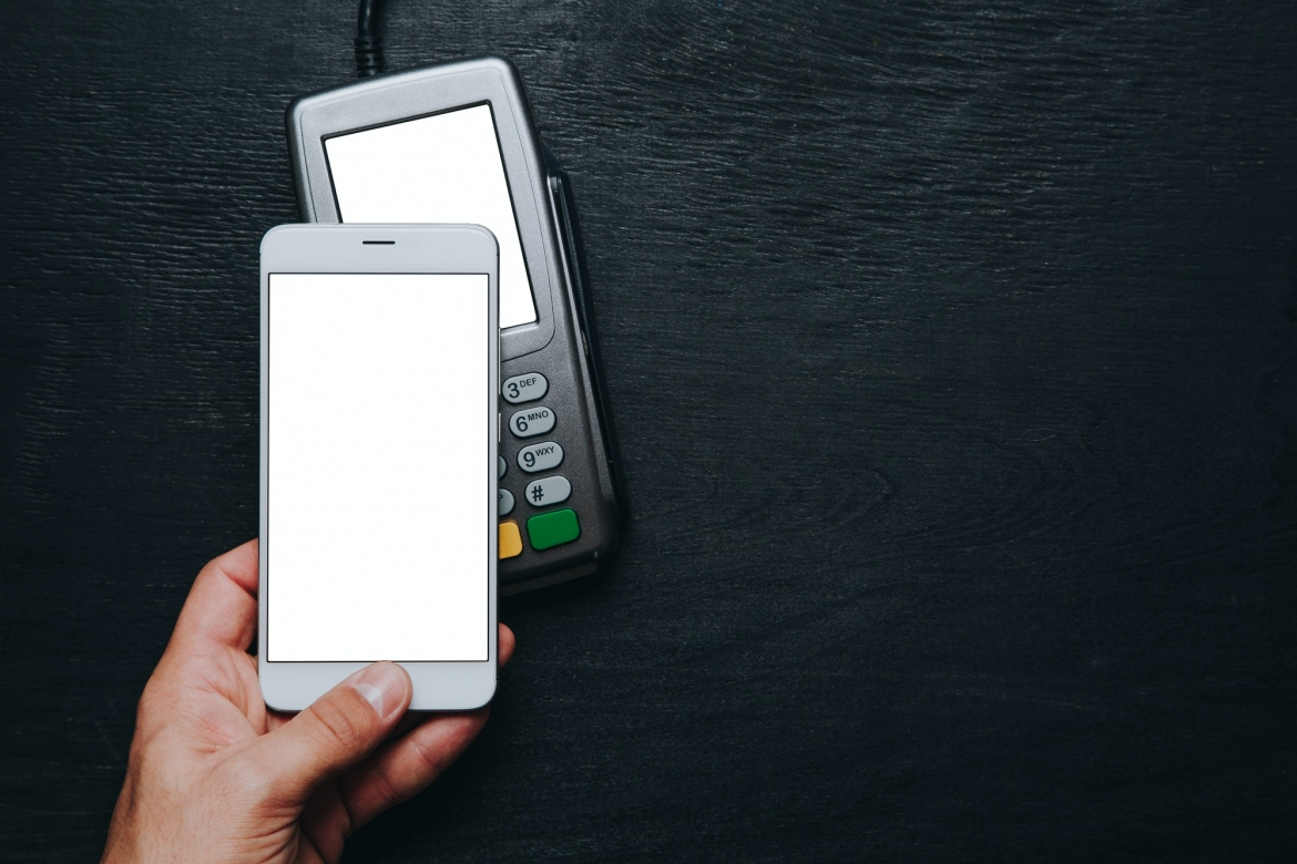 contactless-smartphone-payment-1-1.jpg